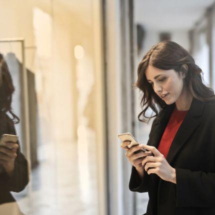 Was tun, wenn der Kunde mehr über ein Produkt weiß, als Dein Verkaufspersonal? Ganz einfach: mach Deinen Laden digital!