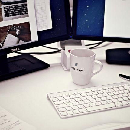 Du hast einen Unternehmensblog eingerichtet und weißt nicht, wie Du diesen bekannt machst? Mit unseren 5 Tipps gelingt Dein Start sicher!