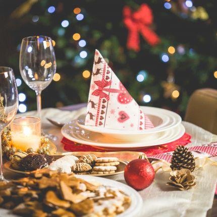 Weihnachtsbaum, Festessen, Familientreffen – die Liste der To-Do`s beschränkt sich zu Weihnachten nicht nur auf Geschenke – ganz im Gegenteil!