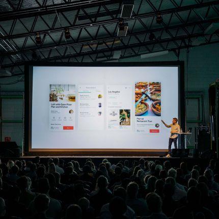 Auf der dmexco 2017 stand der Handel im Fokus. Dabei wurde deutlich: Egal wo und was - Dein Shoppingbummel wird in Zukunft interaktiv.